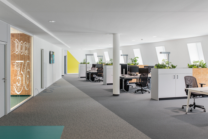 Büro MondayPhoto by Andreas Meichsner