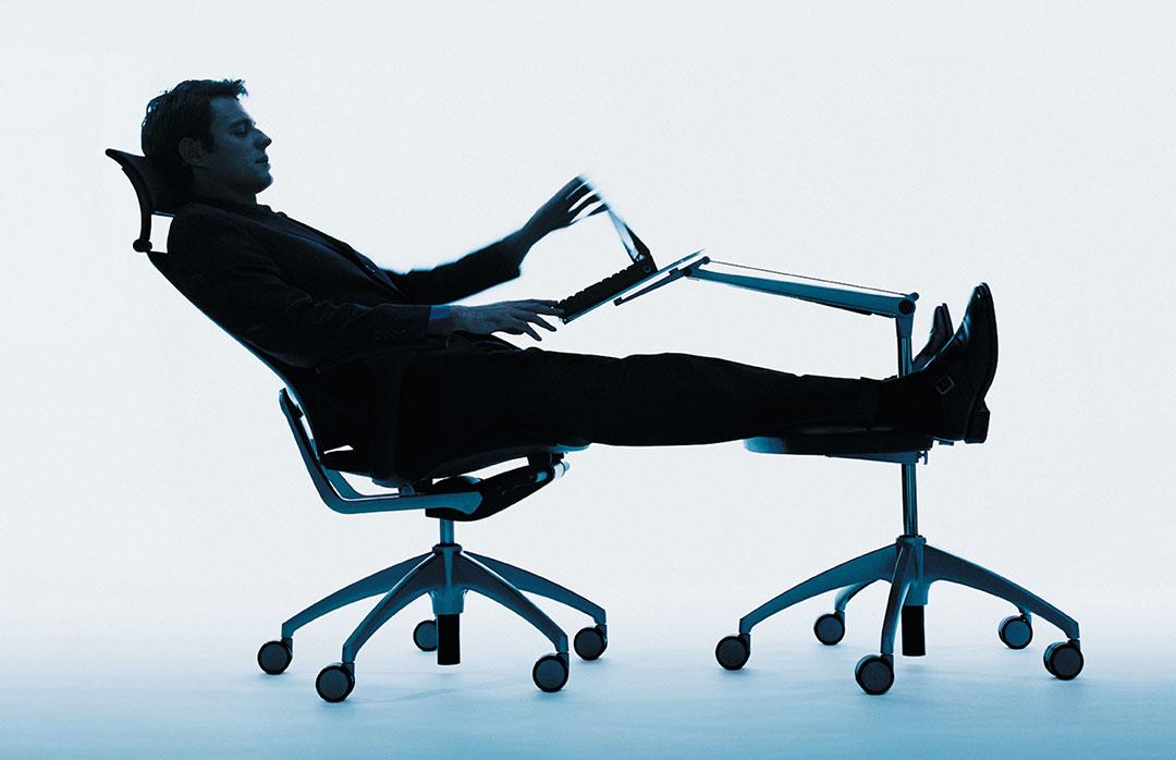 la storia della seduta da ufficio officebit arredi e. Black Bedroom Furniture Sets. Home Design Ideas