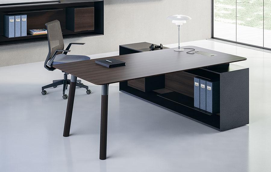 Arredamento Ufficio Scrivania Tavoli : Collezione di tavoli e scrivanie woods officebit arredi e